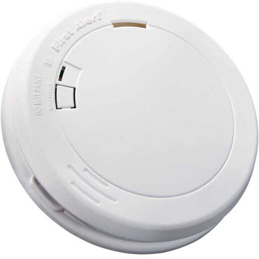 First Alert 10-Year Sealed Battery Photoelectric Slim Round Smoke Alarm
